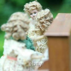 Antique Dolls Adorable Bisque Automation Doll Musical Box1900s Poupée ancien