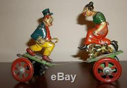Antique Maggie and Jiggs Tin Windup Fighting Toy Works
