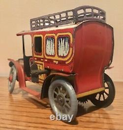 Early German Tin Windup Limousine With Driver Excellent