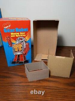 Gear Robot Windup Horikawa Japan Vintage Space Toy with Original Box and Inserts