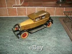 Lovely rare KINGSBURY SEDAN CAR VINTAGE PRESSED STEEL WIND UP TIN TOY TINPLATE