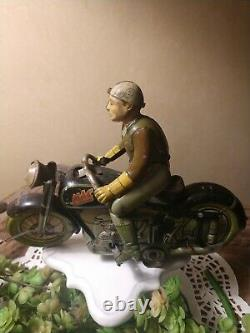 MAC 700 Arnold 40's Tin Lithograph Motorcycle Wind Up TOY, US Zone Germany