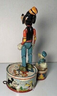 Marx Walt Disney Donald Duck Duet Windup Tin Litho Toy 1946