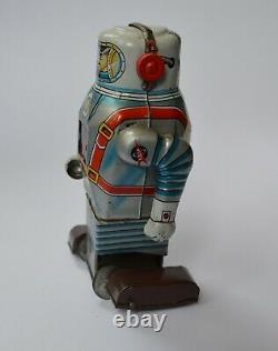 Original Japanese wind up Vintage Robot working excellent condition