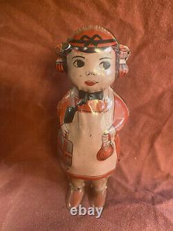 Original Old Betty Lindstrom USA Windup Tin Toy