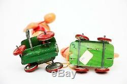 RARE Vintage Kuramochi Orphan Annie & Sandy Celluloid Japan Tin Wind-up Toy