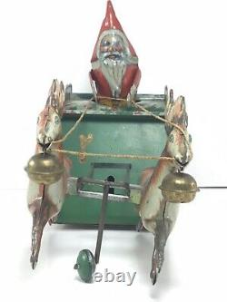 Strauss 1921 Antique Tin Wind-up SANTEE CLAUS/ REINDEER in SUPER NICE CONDITION