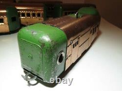Stunning! Vintage HAFNER TRAIN Wind up Toy Streamliner Green & Copper with 6 cars