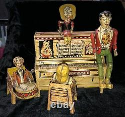 Unique Art 1945 Lil' Abner DOGPATCH 4 BAND Piano Wind-up Tin Toy UNIQUE ART CO
