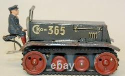 VINTAGE PRE-WAR CKO KELLERMANN SMALL 365 CLOCKWORK TRACTOR With DRIVER