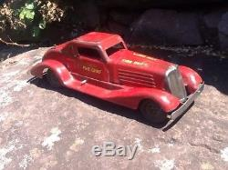 Vintage 1930s MARX Siren Fire Chief Wind-up Car Pressed Steel Toy