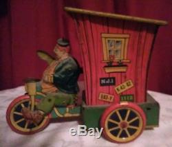Vintage 1940s Wyandotte Joe Palooka Humphrey Mobile Tin Wind-Up Car Very Good