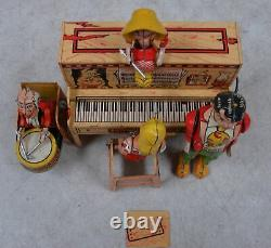 Vintage Antique Lil Abner and His Dogpatch Band Windup Tin Toy USA with Box, read