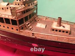 Vintage German Fleischmann ship boat ocean liner clockwork tin model toy display