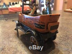 Vintage Louis Marx Amos and Andy Crazy Fresh Air Taxi Wind Up Tin Litho Toy