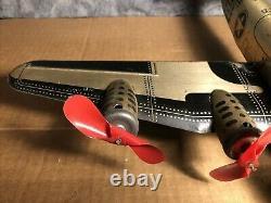 Vintage Marx 14 Tin Windup TWA Airplane Gold & Black Motor works USA