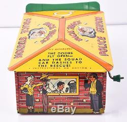 Vintage Marx DICK TRACY POLICE STATION WIND UP Tin Litho Original with box