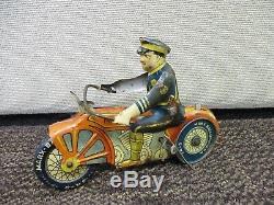 Vintage Marx Tin Litho Policeman On Motorcycle Windup