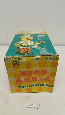 Vintage Yonezawa Mechanical Piggy Cook Tin Windup Toy with Original Box Works
