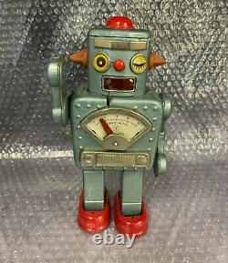 Vintage Yonezawa Winky Robot blue / silver wind-up tin walker toy space Japanese