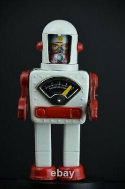 YONEZAWA Space Scout Robot Windup Tin Toy RARE White Red Vintage 1958 Japan